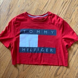 Cropped Tommy Hilfiger top ❤️